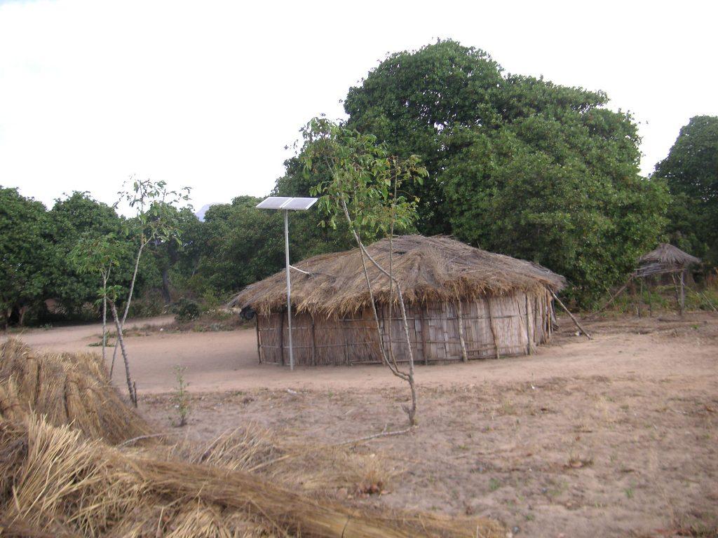 Colibă solară, energie solară