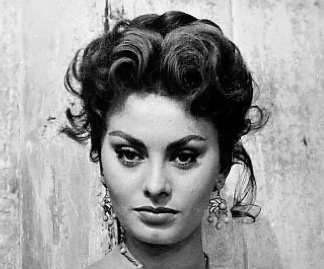 actriţă italiană