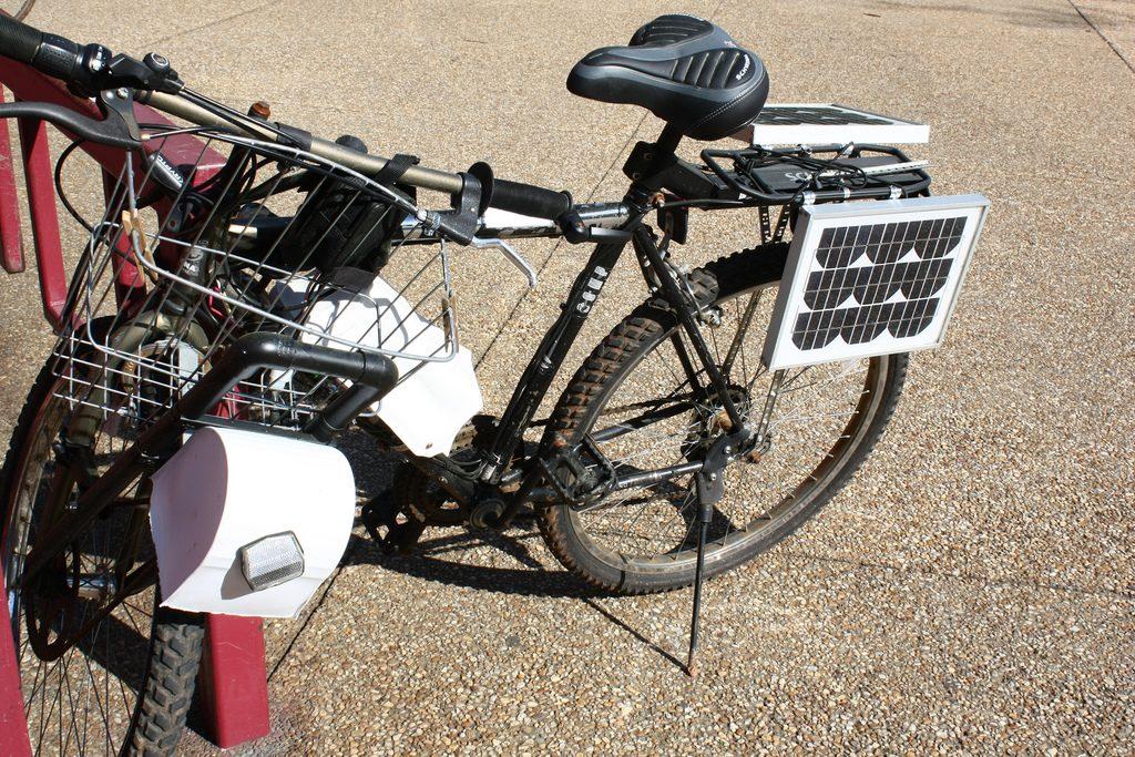 Bicicletă solară