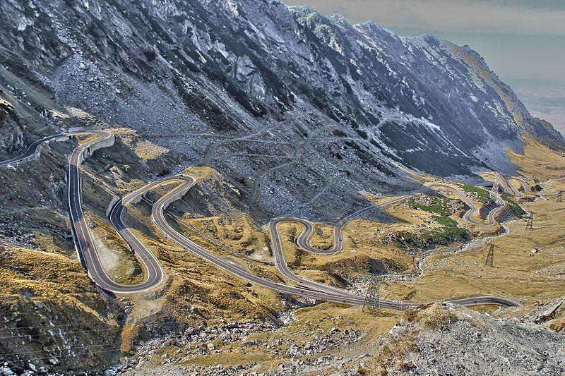 Transfăgărăşanul, una din cele mai frumoase şosele din lume, România, şosea foarte lungă
