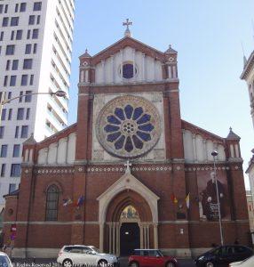 Catedrala Sfântul Iosif romano-catolică vara în Bucureşti